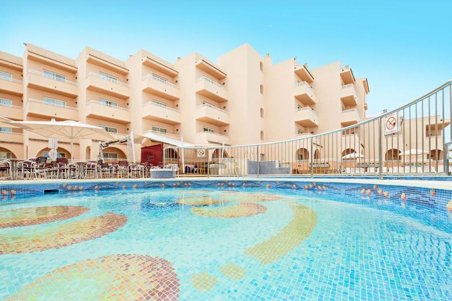 Hotel-Apartments Rosamar. Фото: © azulinehotels.com